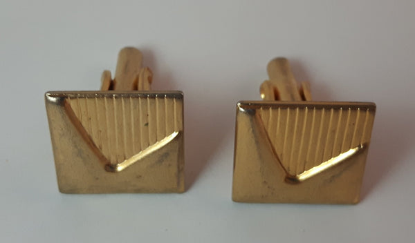 Vintage Gold Tone Cuff Links - Treasure Valley Antiques & Collectibles