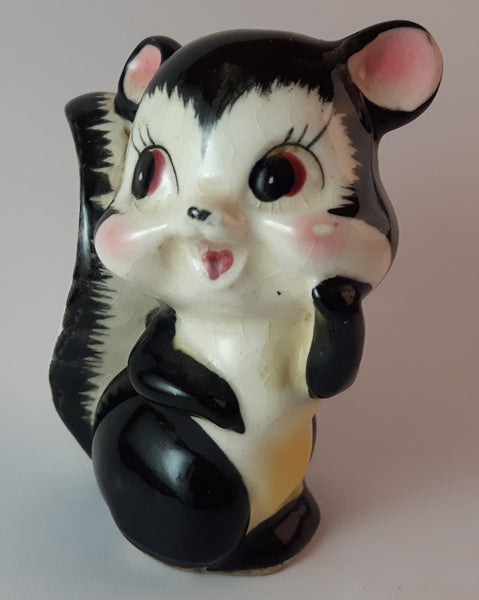 1950s Porcelain Blushing Yellow Bellied Skunk Figurine Made In Japan