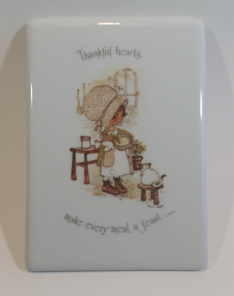 "Vintage 1980s Holly Hobbie Thanksgiving ""Thankful Hearts"" Porcelain Wall Plaque Hanging - Treasure Valley Antiques & Collectibles"