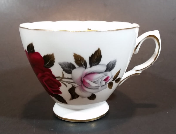 1960s Colclough Amoretta Rose 7906 Bone China Tea Cup - Ridgway Potteries Ltd - England - Treasure Valley Antiques & Collectibles