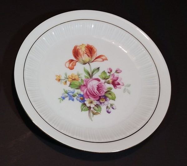 "1950s Colditz Pottery German Democratic Republic (East Germany) Mixed Flowers B74 6 3/4"" Plate - Treasure Valley Antiques & Collectibles"