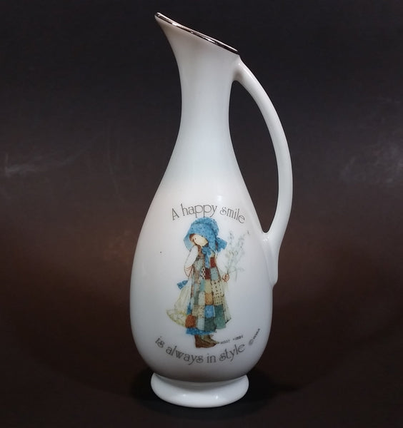 "Vintage 1970s Holly Hobbie ""A Happy Smile"" ""is always in style"" Pitcher Style Porcelain Flower Bud Vase - Treasure Valley Antiques & Collectibles"