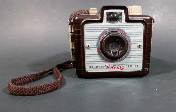 1950s Kodak Brownie Holiday Camera Made in Canada - Kodet Lens - Kodak 127 Film - Treasure Valley Antiques & Collectibles