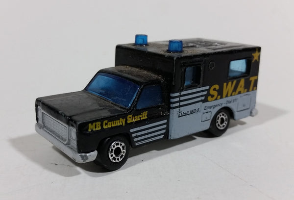 "Rare 1977 Matchbox MB County Sheriff Unit MB-8 Police Swat Die-Cast Toy Car ""Ambulance body"""
