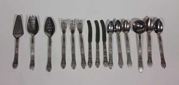 Small Children's Kid's Utensil 15 Piece Set - Treasure Valley Antiques & Collectibles