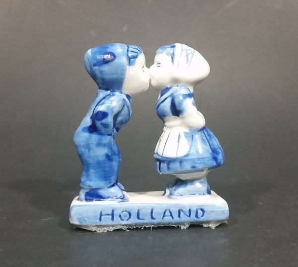 Vintage Delft Blue Holland Dutch Boy and Girl Kissing Hand Painted Ceramic Figurine - Treasure Valley Antiques & Collectibles