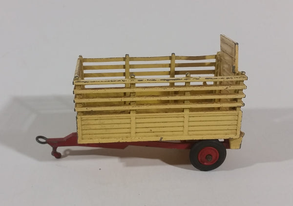 1965-71 Corgi Toys Beast Carrier Yellow and Red Farm Trailer - No. 58 - Made in Great Britain