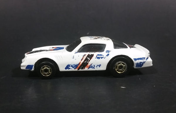 1989 Hot Wheels Chevrolet Camaro Z28 Double Barrel Stunt White Die Cast Toy Muscle Car - Treasure Valley Antiques & Collectibles