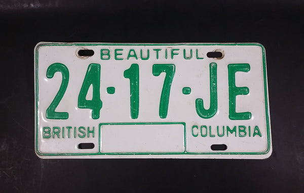 c. 1986 Beautiful British Columbia White with Green Letters Vehicle License Plate 24 17 JE - Treasure Valley Antiques & Collectibles