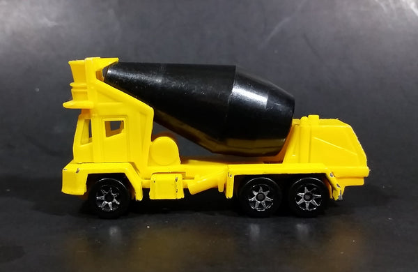 1995 Hot Wheels Oshkosh Cement Mixer Yellow & Black Die Cast Toy Truck Construction Vehicle - Treasure Valley Antiques & Collectibles
