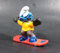 "1997 Schleich Germany Peyo Puffo Smurf Snowboarder 2 3/8"" PVC Figurine - Made in Portugal"