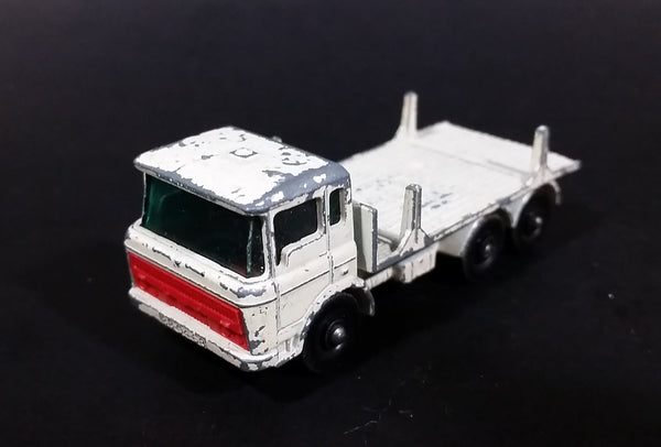 1962 Matchbox Series Lesney Products DAF Girder Truck No. 58 White Die Cast Toy Car Vehicle Made in England