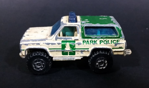 1996 Matchbox 4x4 Chevy Blazer Park Police Truck SUV Tan & Green Die Cast Toy Car Vehicle - Treasure Valley Antiques & Collectibles