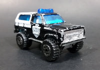 1997 Matchbox 4x4 Chevy Blazer Police Off Road Patrol Truck SUV Black & White Die Cast Toy Car Vehicle