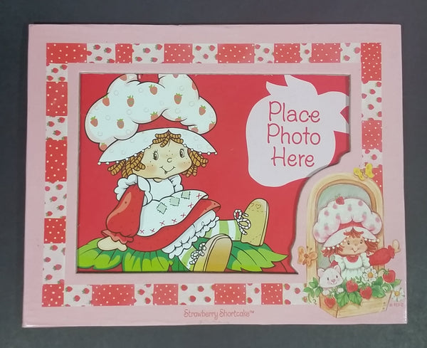 Collectible Strawberry Shortcake Photo Frame Fridge Magnet - Treasure Valley Antiques & Collectibles