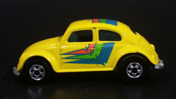 1991 Hot Wheels Park 'n Plates 1953-57 Volkswagen VW Bug Yellow Die Cast Toy Car Vehicle