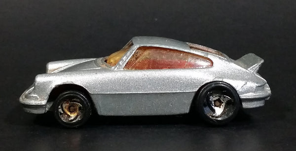 1998 Hot Wheels Porsche 911 Carrera Metalflake Silver Die Cast Toy Car Vehicle - Treasure Valley Antiques & Collectibles