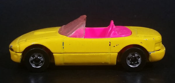 1992 Hot Wheels Mazda MX-5 Miata Convertible Yellow & Pink Die Cast Toy Sports Car Vehicle