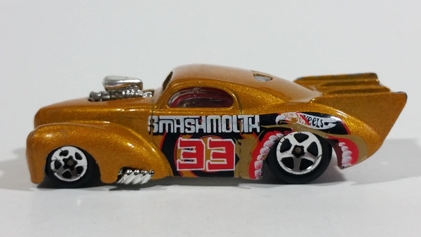 2004 Hot Wheels Smashville '41 Willys Smash Mouth Gold Die Cast Toy Hot Rod Car Vehicle