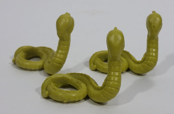 "Vintage 1981 DFC Dragonriders Of The Styx Faceless Naga 2"" Mini Green Snakes Toy Figures - Lot of 3"