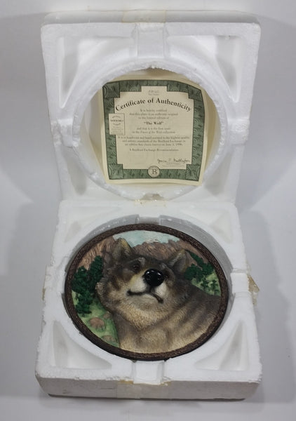 "1994 Bradford Exchange ""The Wolf"" First Issue in ""Faces of the Wild"" 3D Decorative Collector Plate Hanging with Certificate of Authenticity"