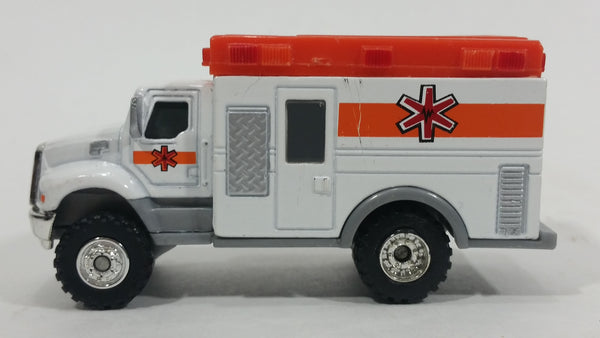 2012 Funrise Tonka Hasbro Ambulance Paramedics White Die Cast Toy Car Emergency Rescue Vehicle