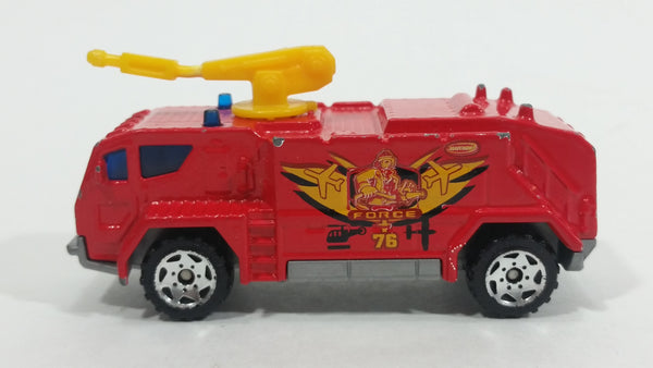 2004 Matchbox Airport Fire Tanker Truck Red Die Cast Toy Car Emergency Vehicle