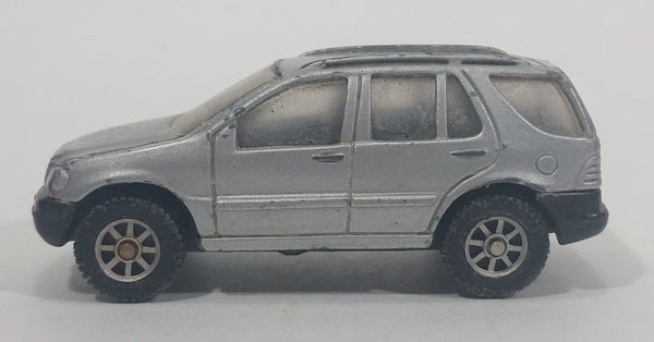 Maisto Special Edition Mercedes-Benz ML 320 Silver Grey Die Cast Toy Car Vehicle - Treasure Valley Antiques & Collectibles