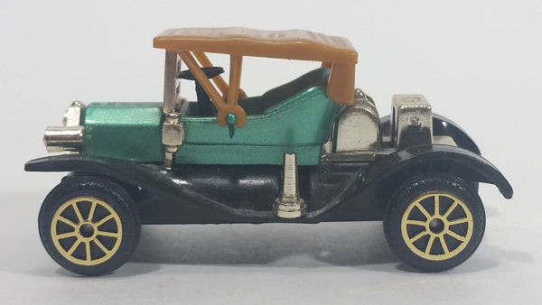 Vintage Reader's Digest High Speed Corgi Ford Model T Mint Green & Gold No. 304 Classic Die Cast Toy Antique Car Vehicle