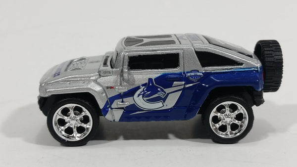 2010 Maisto Top Dog Collectible Vancouver Canucks NHL Hockey Hummer HX Concept 1/64 Scale Die Cast Toy Car Vehicle - Treasure Valley Antiques & Collectibles