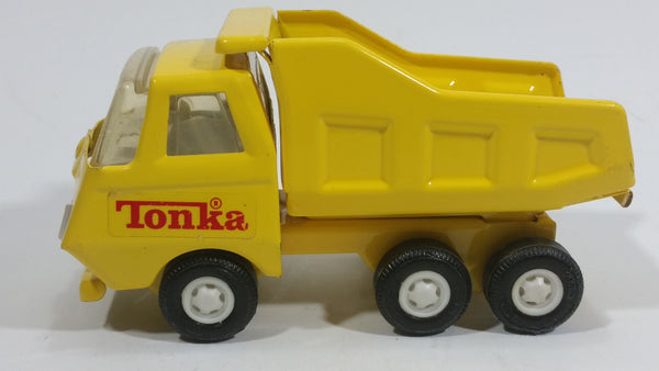 Vintage Tonka Yellow Dump Truck 55010 Pressed Steel Construction Equipment Toy Vehicle