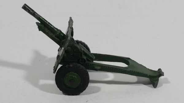 Vintage Dinky Toys 25 PR GUN 686 Army Green Die Cast Military Artillery Toy War Machine Equipment