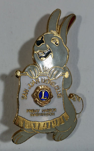 Vintage San Juan Islands Friday Harbor Washington Lions Club Cartoon Bunny Pin