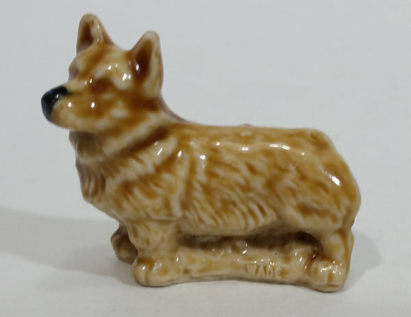 Vintage Wade Whimsies Corgi Dog Red Rose Tea Canada (Tiny chip on ear) - Treasure Valley Antiques & Collectibles
