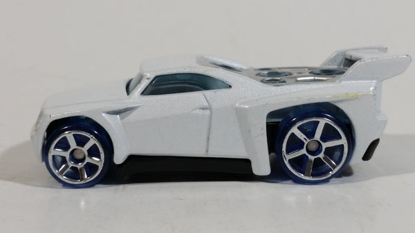 2005 Hot Wheels AcceleRacers Bassline White Die Cast Toy Car Vehicle - McDonalds Happy Meal - Treasure Valley Antiques & Collectibles