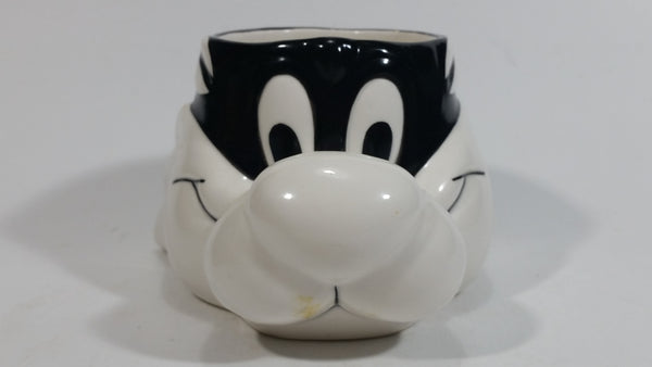 Vintage 1989 Warner Bros. Looney Tunes Sylvester The Cat Cartoon Character Shaped Ceramic Coffee Mug - Treasure Valley Antiques & Collectibles