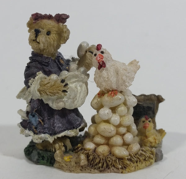 2001 Boydsenbeary Acres Momma with Gertie & Lil' Henry Tiny Miniature Bear and Chickens Hens Resin Figurine