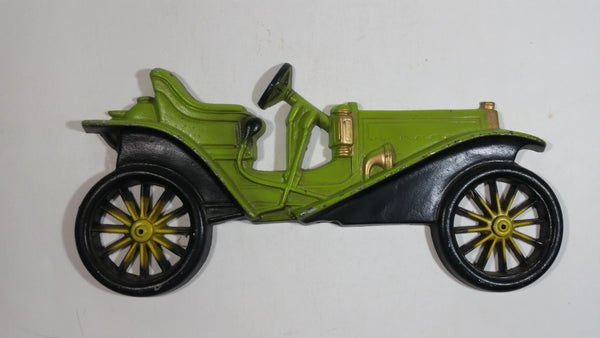Vintage Midwest 1909 Hupmobile Green Automobile Auto Metal Decorative Wall Hanging