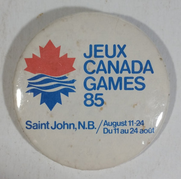 1985 Jeux Canada Games 85 Saint John, N.B. Round White Pin Sports Collectibles