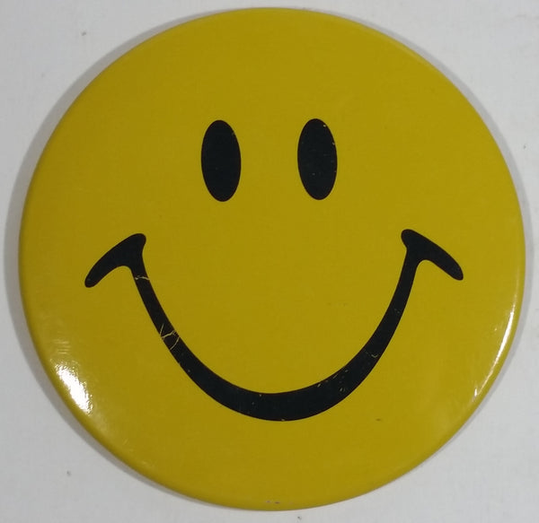 "Large 4"" Diameter Yellow Smiley Face Emoji Round Button Pin"