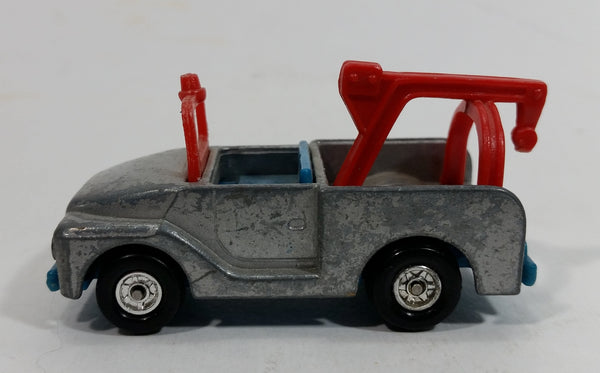 Vintage Aviva 1958, 1966 Snoopy Tow Truck Silver Die Cast Toy Car Vehicle Made in Hong Kong - Missing Snoopy and Tow Hook