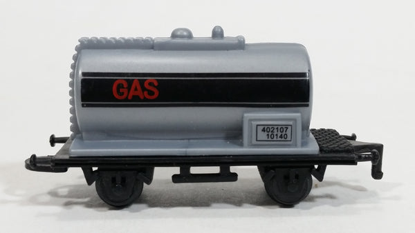 1990s Soma Train Gas Fuel Tanker Car 402107 - 10140 Grey Black Plastic Toy Railroad Vehicle