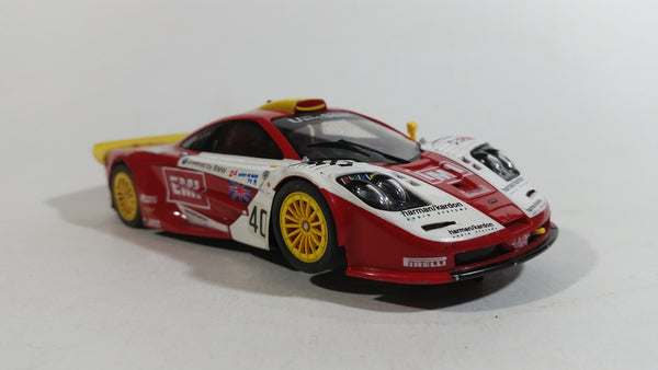 Slot It BMW McLaren F1 GTR #40 EMI Harman Kardon Red and White Slot
