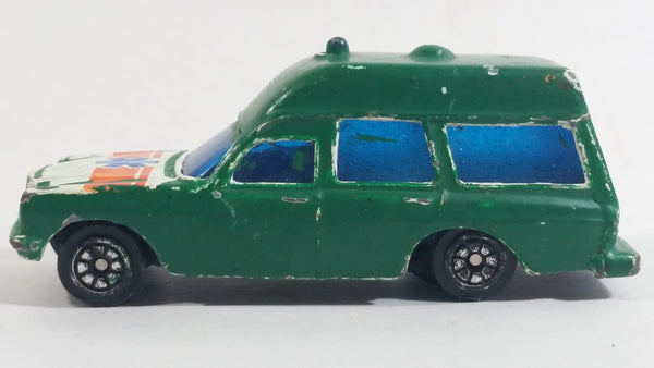 Vintage Corgi Mercedes Benz 2200 Binz Ambulance White Painted Green Die Cast Toy Car Emergency Rescue Vehicle