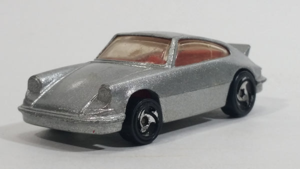1998 Hot Wheels Porsche 911 Carrera Metalflake Silver Die Cast Toy Car Vehicle