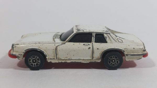 Vintage Corgi Juniors Jaguar XJ-S White Die Cast Toy Car Vehicle Made in Gt. Britain