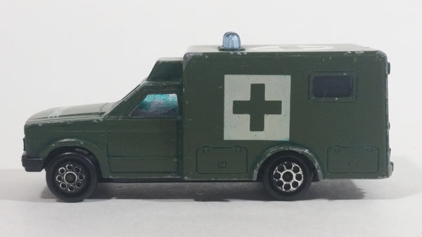 Majorette Sonic Flashers Ambulance No. 255 Military Army Green 1/60 Scale Die Cast Toy Car Vehicle - Blue Lights