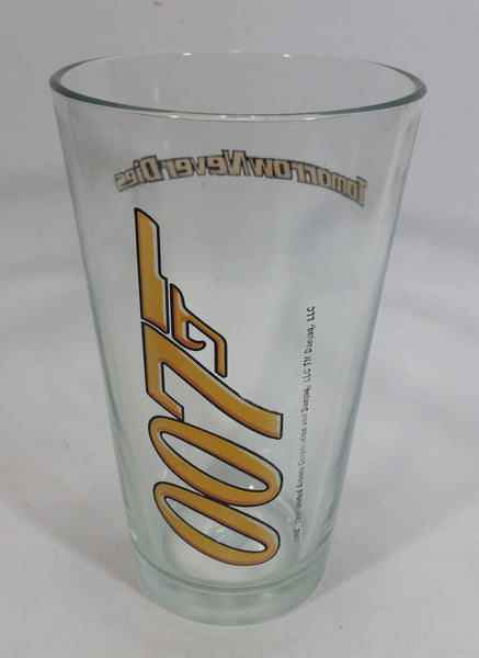 "James Bond 007 Tomorrow Never Dies Movie Film 5 3/4"" Tall PP7 Yellow Gun Drinking Glass Collectible"