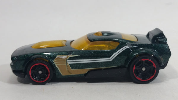 2016 Hot Wheels Fast Fish Metalflake Dark Green Die Cast Toy Race Car Vehicle