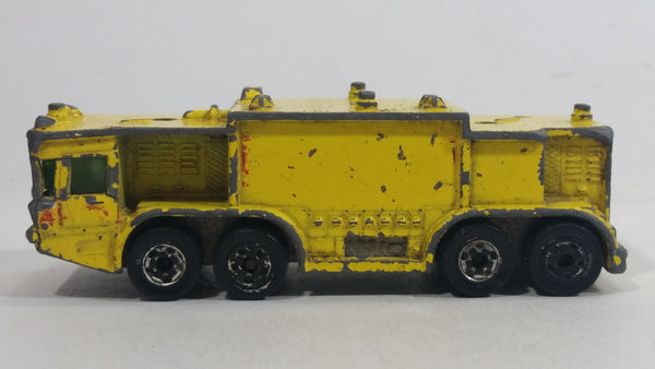 1981 Hot Wheels Workhorses Airport Rescue Yellow Fire Truck Die Cast Toy Car Firefighting Emergency Rescue Vehicle
